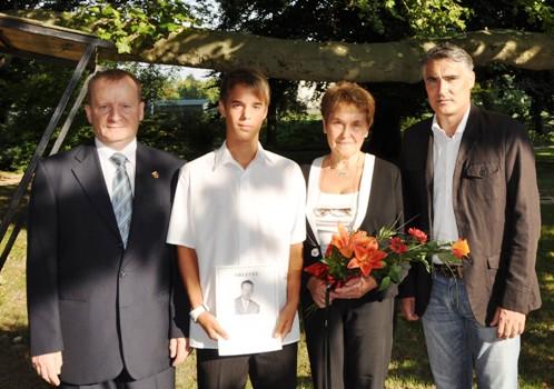 Jó tanuló-Jó labdarúgó-Ekler József díj nyertese 2010/11-ben :BEDI NOEL