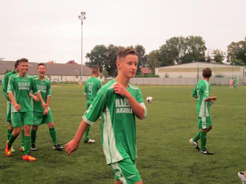 ELKEZDÕDÖTT…A Dunaújváros PASE elleni U18 és U16  bajnoki mérkõzésekkel Akadémiánk is megkezdte a 2014-15.évi bajnoki szezont.