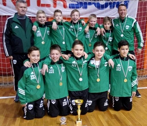 2004-Megnyertük a ZTE által szervezett U13-as Szabó Rezső Emléktornát