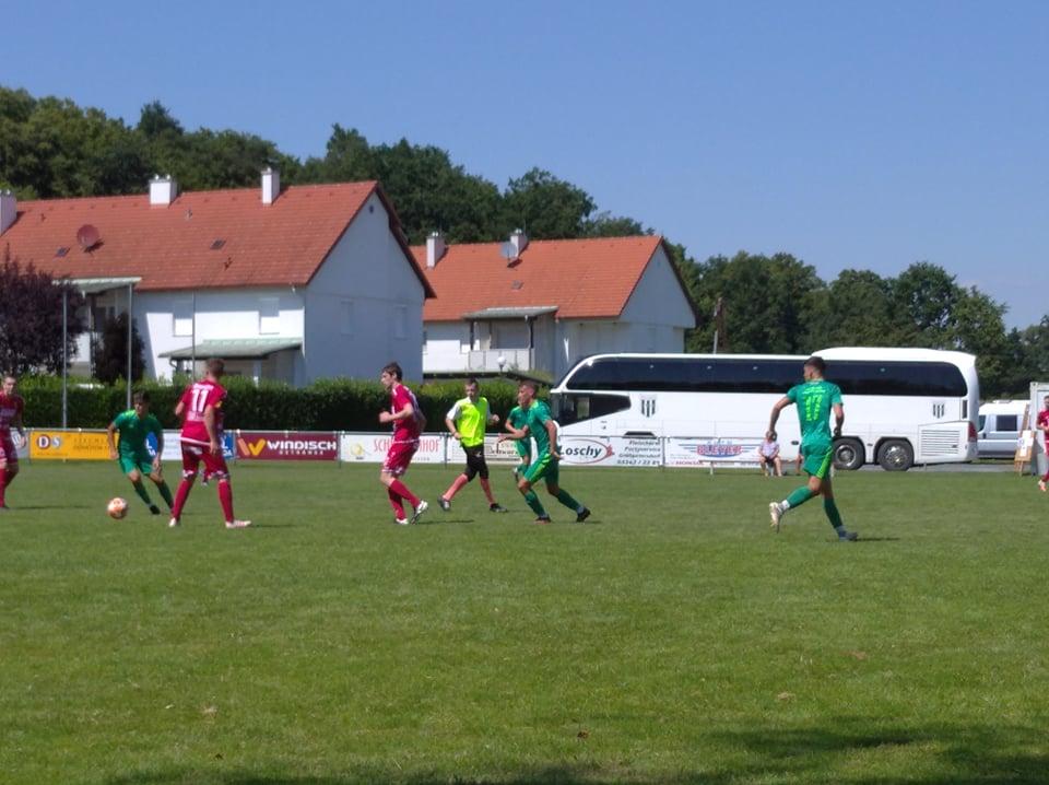 Szalay Szabolcs a meccs legvégén duplázott