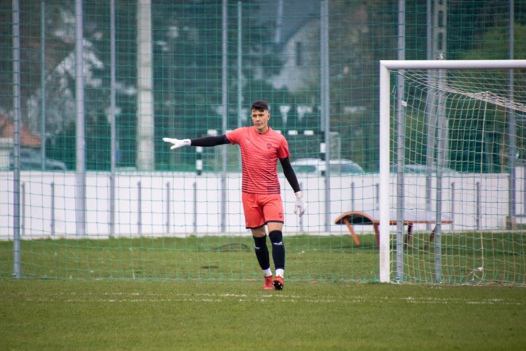 Utolsó perces góllal kapott ki az U17