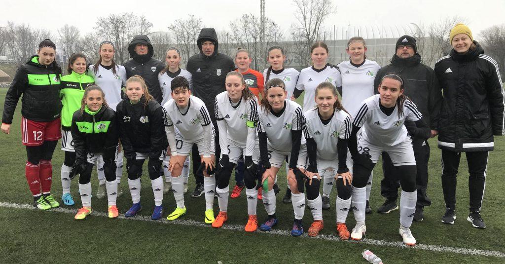 U19-es lányok pontosztozkodása Győrben