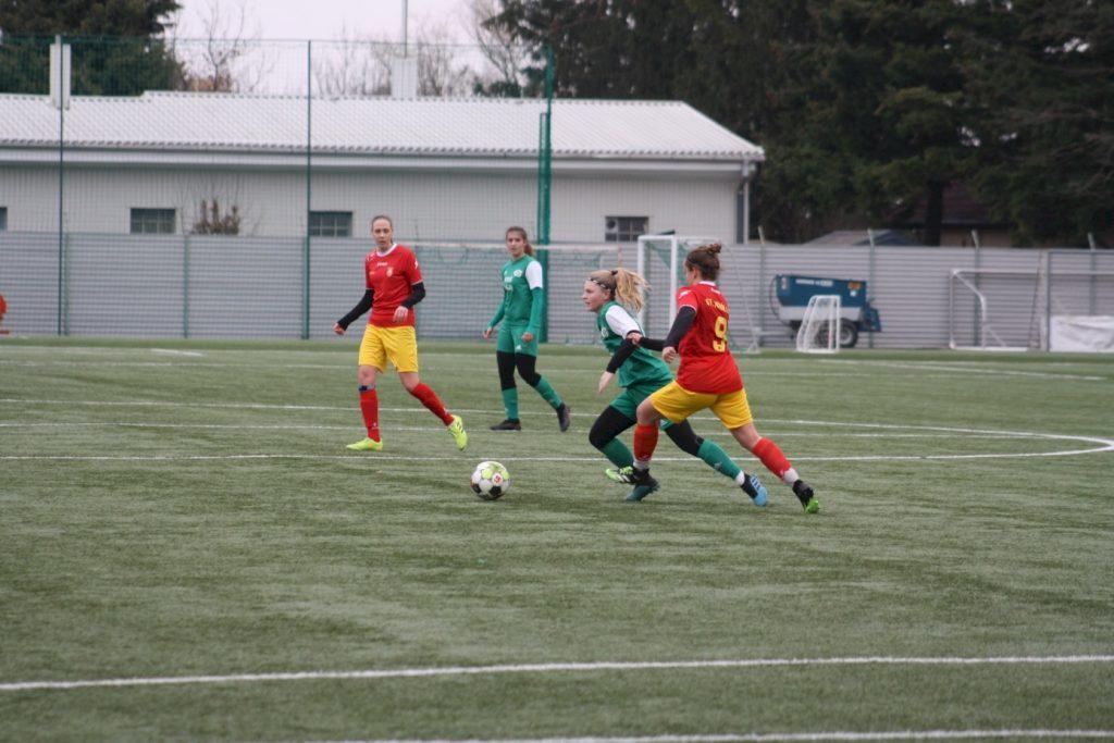Szabó Lili először volt kezdő, és bombagólt lőtt az U19-ben