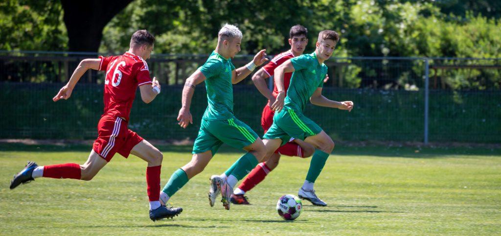 Gyönyörű góllal nyerte meg utolsó meccsét az U19